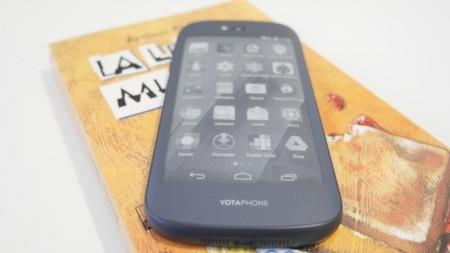 Yotaphone2 17