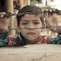 No, no hay 200.000 niños pobres en Madrid: la pobreza extrema y el riesgo de pobreza en España