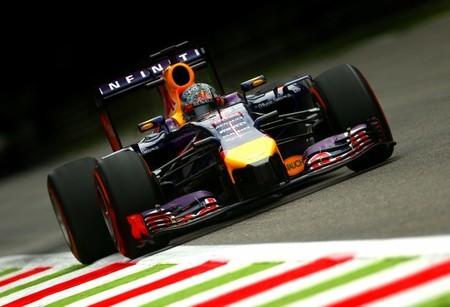 Sebastian Vettel esquivó su primera penalización por cambio de motor