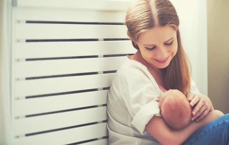 ¿Pueden las madres pasar los nervios y el estrés a sus hijos a través de la leche materna?