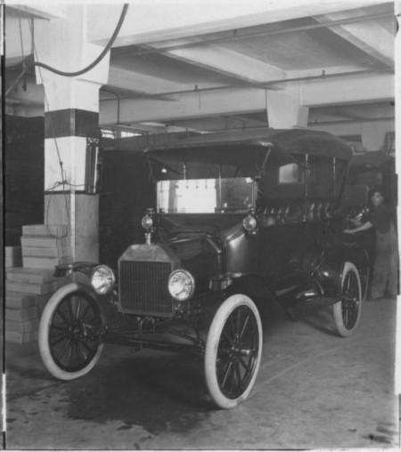 Montaje Ford Model T - 1913