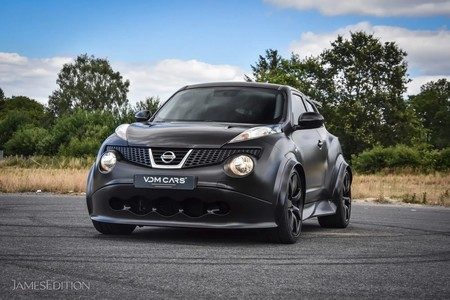 Nissan Juke R 6