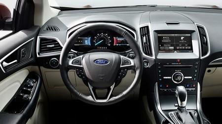 Ford traerá su Kuga Vignale y Edge con Sync3 a los Premios Xataka 2016