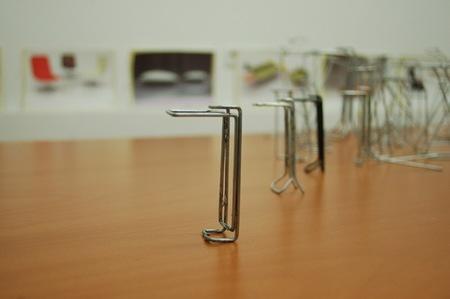 Clipp, un accesorio para fabricar mesas al momento