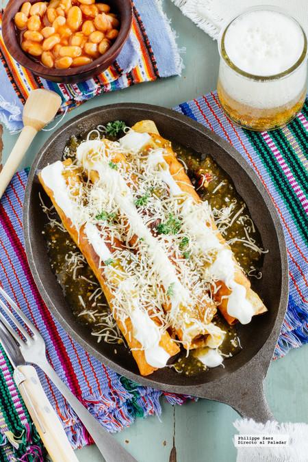 Flautas doradas de pollo: receta mexicana fácil