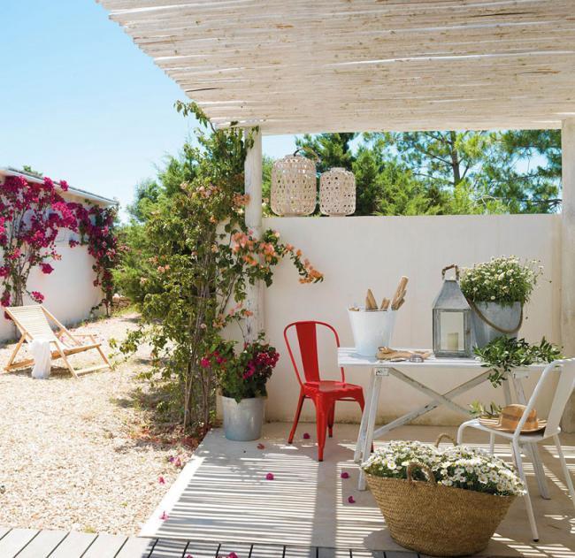 Las Mejores Fotos De Jardines En Pinterest: Cómo Decorar Un Mini Apartamento De Verano De 37 M2