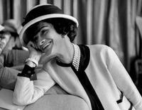 Un paseo por las campañas publicitarias más históricas de Chanel nº5