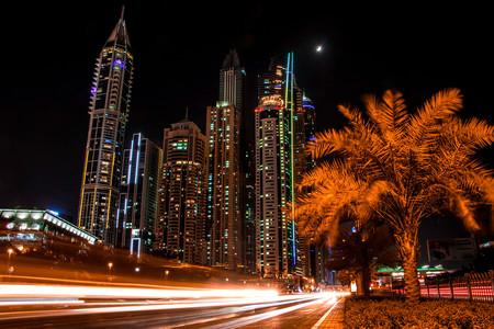 Un británico ha roto todos los récords de multas de tráfico en Dubai con un Lamborghini alquilado, ¡y se va de rositas!