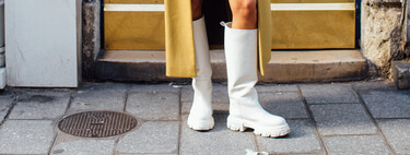 En cuatro colores distintos, de caña alta y suela ruda: así son las botas que triunfan en el street style (y que firma una instagramer)