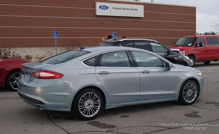 Ford Fusion/Mondeo Hybrid Dearborn 02