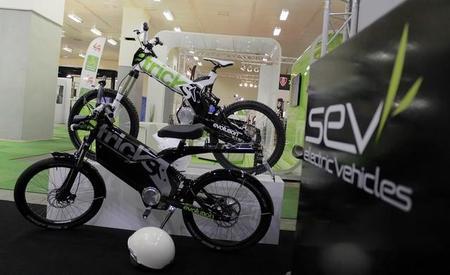SEV eTRICKS, ¿ciclomotor o bicicleta eléctrica?