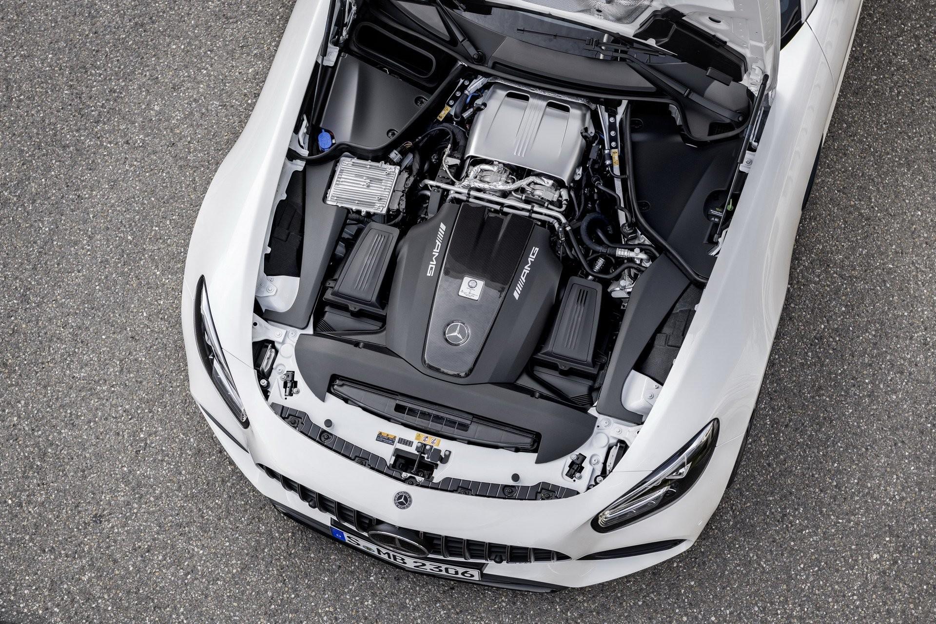 Foto de Mercedes-AMG GT 2020 (9/44)