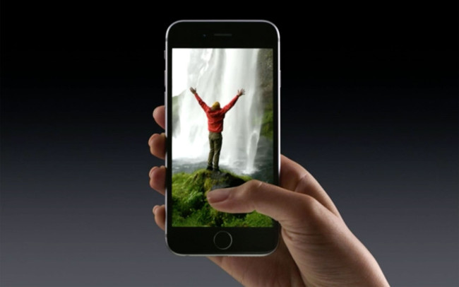 88a3ee8b00b Desde esta misma tarde (mañana en los Estados Unidos) algunos usuarios de  Facebook con iPhone 6s o 6s Plus han empezado a comprobar como podían  utilizar ...