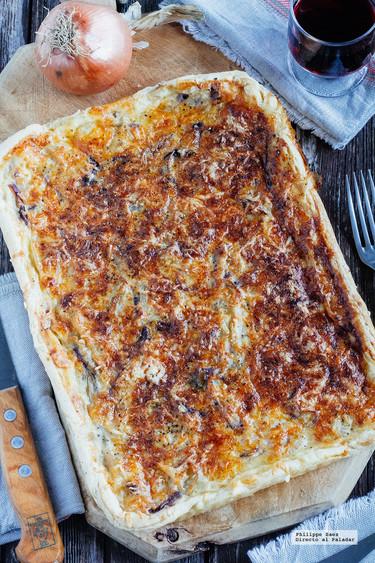 Cómo hacer una tarta de cebolla y queso Gruyere