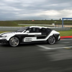 audi-rs-7-driving-concept