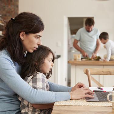 Enfermedad, dificultades laborales y en la relación de pareja: los problemas psicológicos que más preocupan a las familias hoy