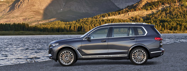Aquí está el nuevo BMW X7, un giganteso y lujoso SUV cargado con lo último en tecnología