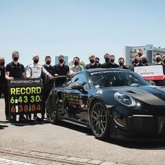 Foto 3 de 8 de la galería porsche-rompe-record-de-velocidad en Motorpasión México