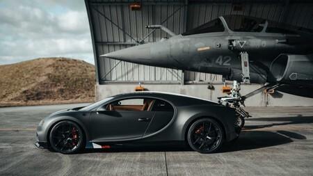 Bugatti Chiron Sport Vs Jet 3