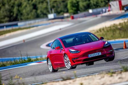 Tesla Model 3 Performance Track Mode