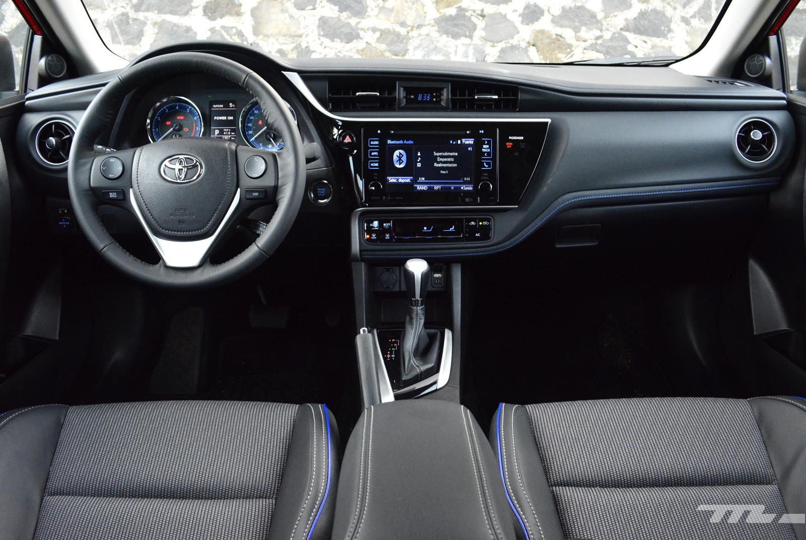 Foto de Comparativa: Mazda3 vs. Nissan Sentra vs. Toyota Corolla vs. Volkswagen Jetta (38/60)