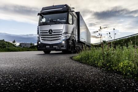 Mercedes Benz Genh2 Truck 07