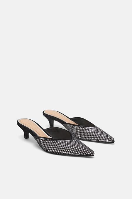 En las rebajas de Zara puedes encontrar 20 zapatos por menos