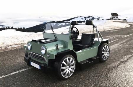 Mini V8 M es un pequeño y ligero diablillo británico con motor V8 de Maserati