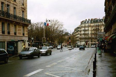 Francia cerrará el acceso a ocho de sus ciudades a los coches más contaminantes