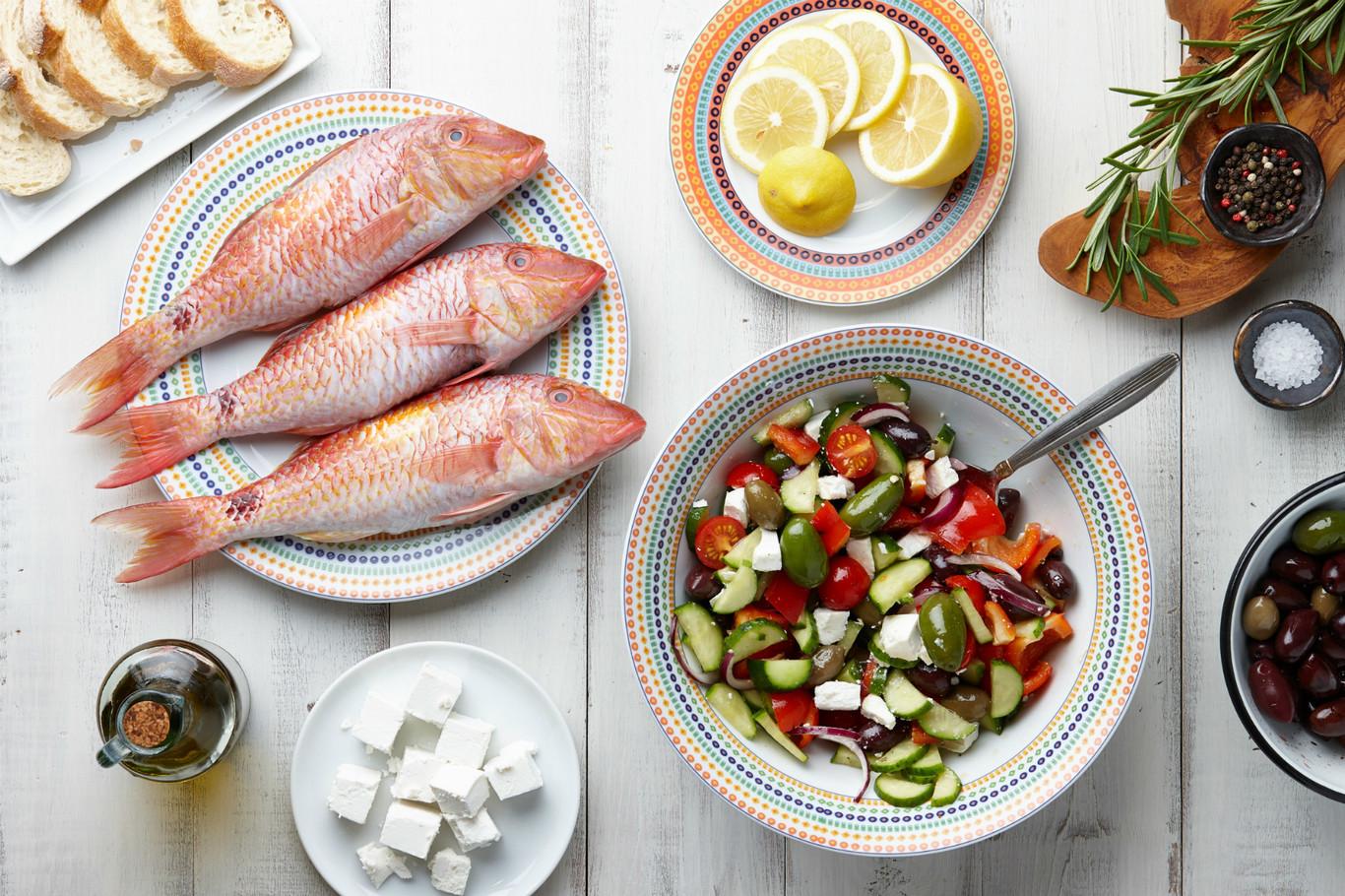 Pescado de temporada: cómo cocinar con salmonete y tres recetas para disfrutarlo en casa