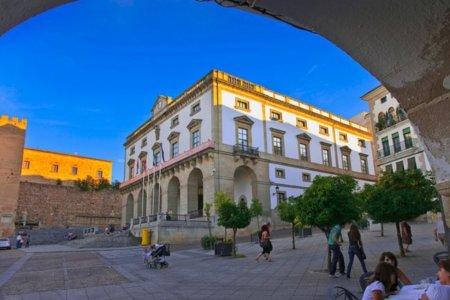 El Ayuntamiento de Cáceres utilizará el NFC con los turistas