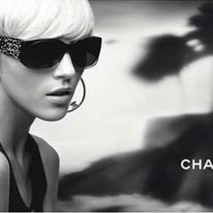 anja-rubik-para-chanel-eyewear