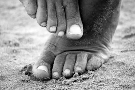 Por qué las chanclas son malas para los pies