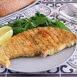 Pez espada o emperador empanado a la plancha: receta sencilla para darle más sabor y jugosidad a este cómodo pescado
