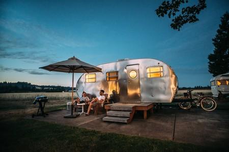 Vacaciones en autocaravana: permisos, alquiler y todo lo que necesitas saber para montar el roadtrip de tu vida