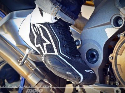 Analizamos las Alpinestars Faster-2 Vented, unas botas de verano cómodas, ligeras y fresquísimas