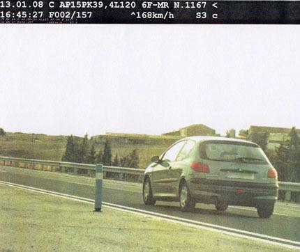 Conductora novel a 168 Km/h