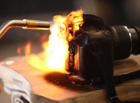 Le prenden fuego a una Nikon <s>D90</s> D50