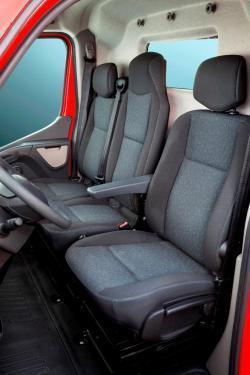 Opel Movano-03