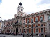 La antigua Real Casa de Correos y el reloj de las campanadas