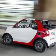 Foto 10 de 14 de la galería smart-fortwo-cabrio en Motorpasión