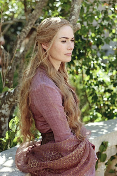 Lena Headey se nos divorcia, pero no de Robert Baratheon