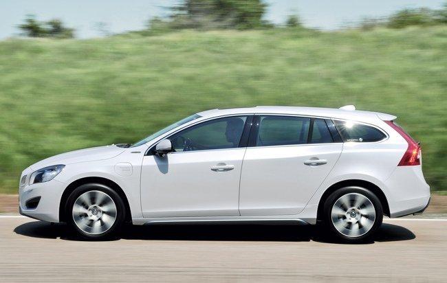 Volvo-V60-Plug-in-Hybrid-01