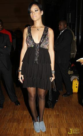 Rihanna, lo tuyo no son los zapatos