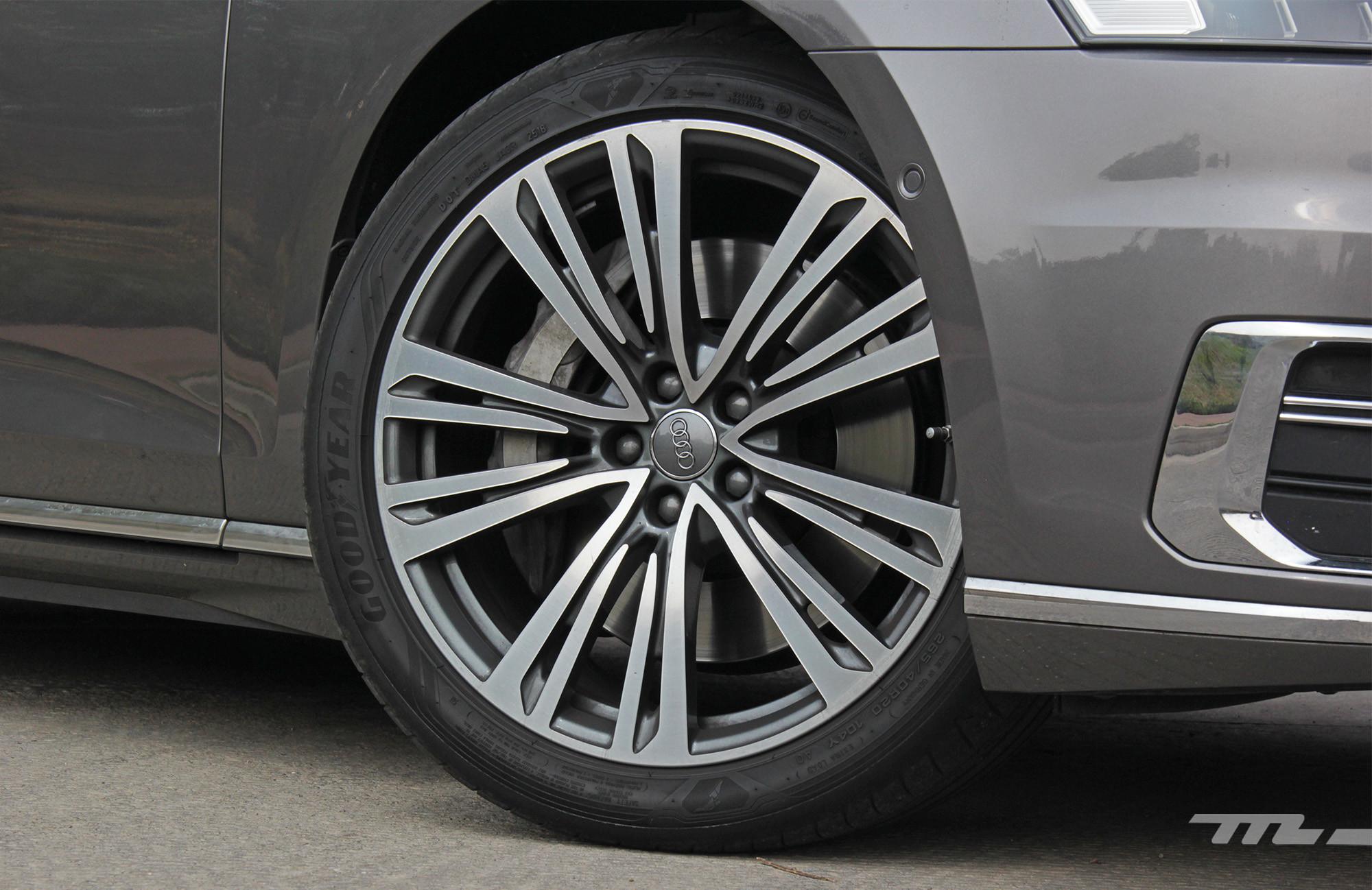 Foto de Audi A8 55 TFSI (9/22)