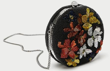 Olivia Palermo vuelve a ser la mejor embajadora de Zara gracias a este bolso de 40 euros que (¡milagro!) aún sigue disponible