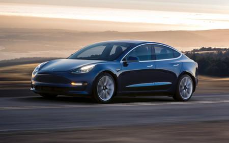 7 mil dólares es lo que puede costar reparar una pequeña abolladura en un Tesla Model 3