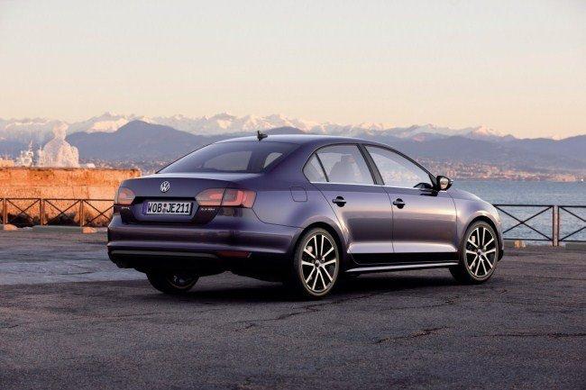 Volkswagen Jetta trasera