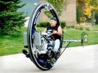 McLean Monociclo con un V8 de 5,7 litros