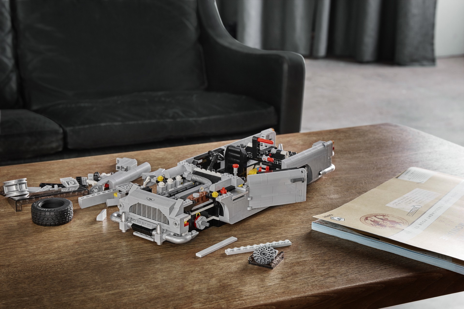 Foto de Aston Martin DB5 007 de LEGO (5/39)